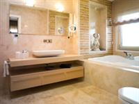 Honed   Filled Travertine - Ivory Classic Medium