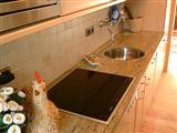 Kitchen worktops in marble and granite