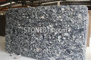 Imported granite slab Mosaic shape granite pebble stone