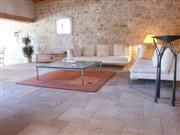 Chanceaux antiqued French limestone pattern