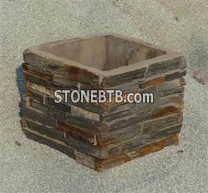 gate post with cultured stone