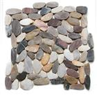 Mixed sliced pebble on mesh