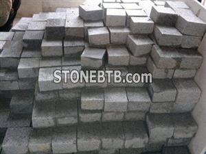 Persian Silver Grain Granite Cube Stone