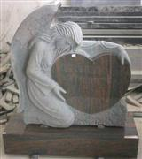 monument /Angel with heart 2