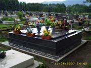 Graves and memorials