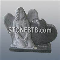 The kneeling angel and heart