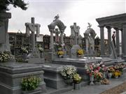 Funeral Art, Monuments