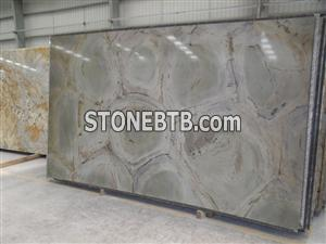 Light grey granite slabs