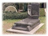France style tombstone (monument) 9