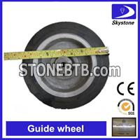 Guide wheel for concrete cutting