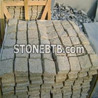 G682 Cream Granite Cobble Mat