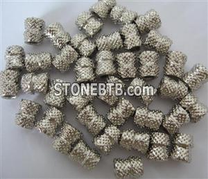 Vacuum brazed diamond wire saw and diamond bead
