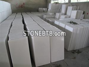 White Marble Slabs And Tiles 4