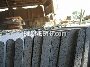 Sawn Bullnose Edging Bluestone Coping