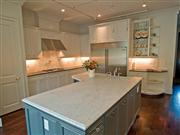 Good Quality & Reasonable Price White Marble & Granite Vanity tops & Countertops from China